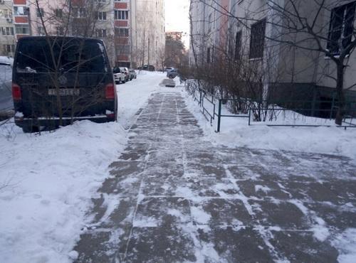 Уборка снега. Декабрь 2016.